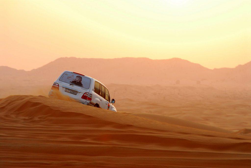 4x4 dubai woestijn crossen