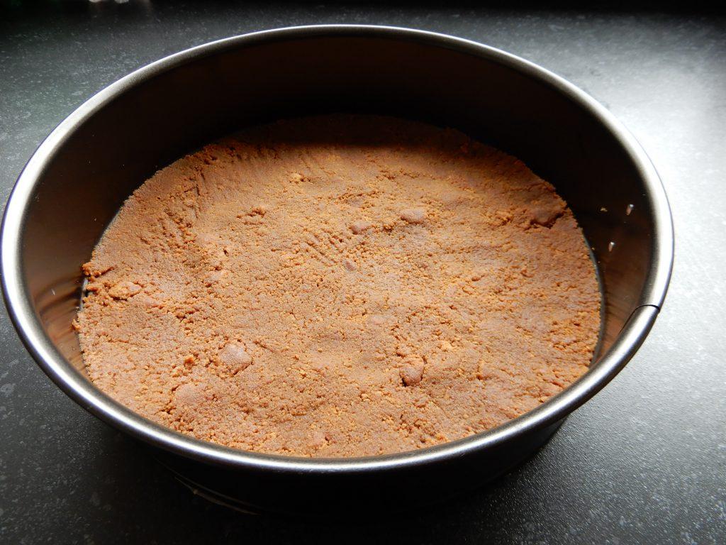Aardbeien kwarktaart zonder pakjes en zakjes. Recept voor de lekkerste taart met aardbeien