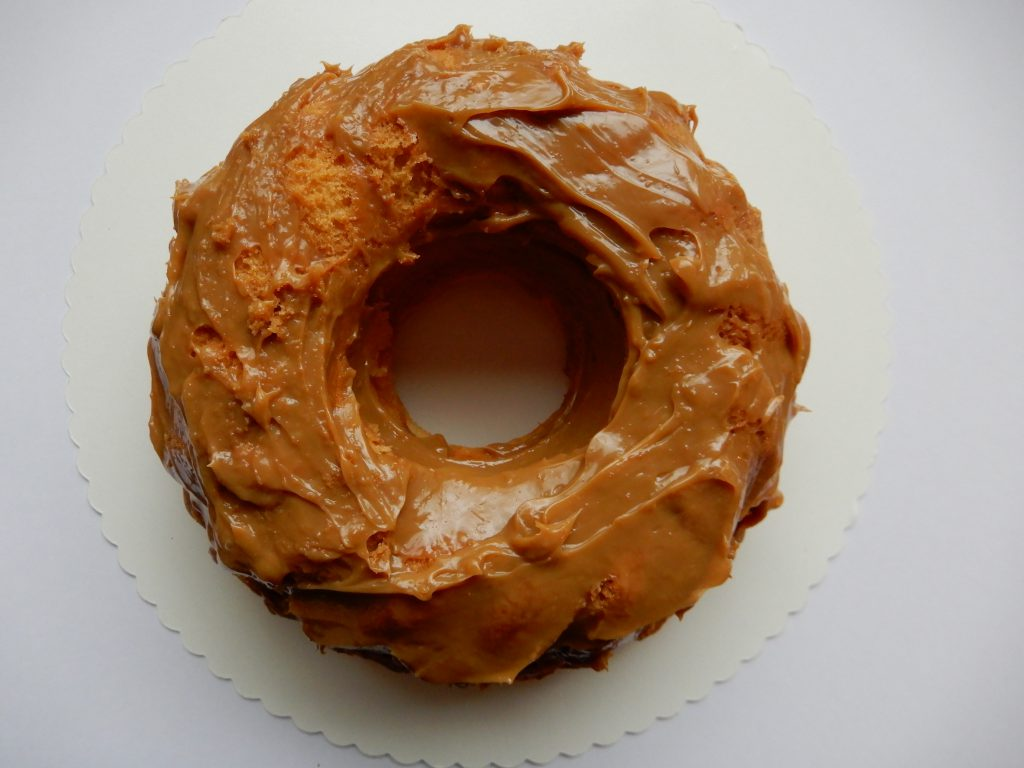 tulband cake met chocolade ganache dulce de leche recept. Zonder pakjes en zakjes