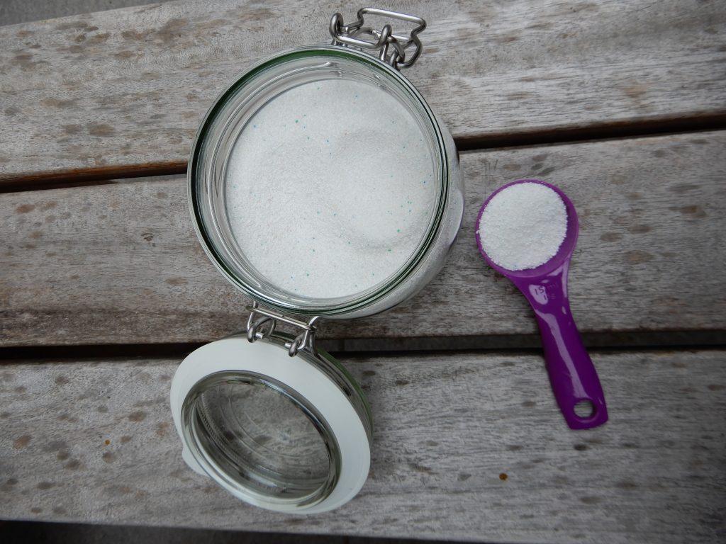 vaatwaspoeder in plaats van tabletten budgetproof goedkoop en schoon