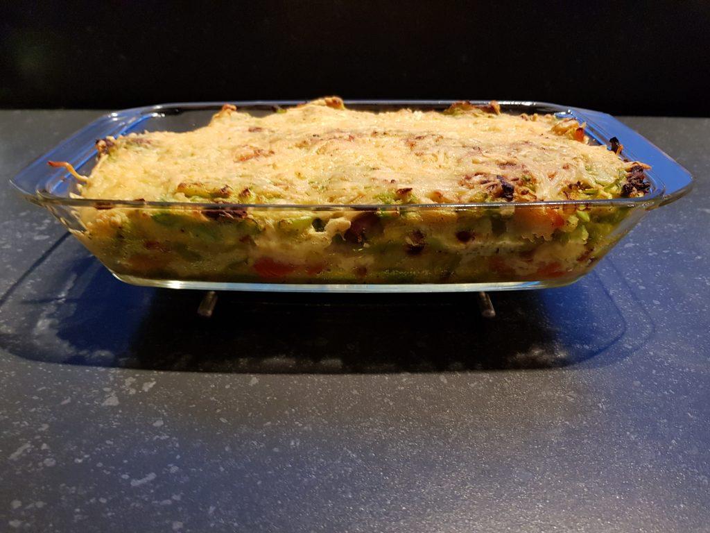 ovenschotel met aardappel, snijbonen, spekjes en kaas
