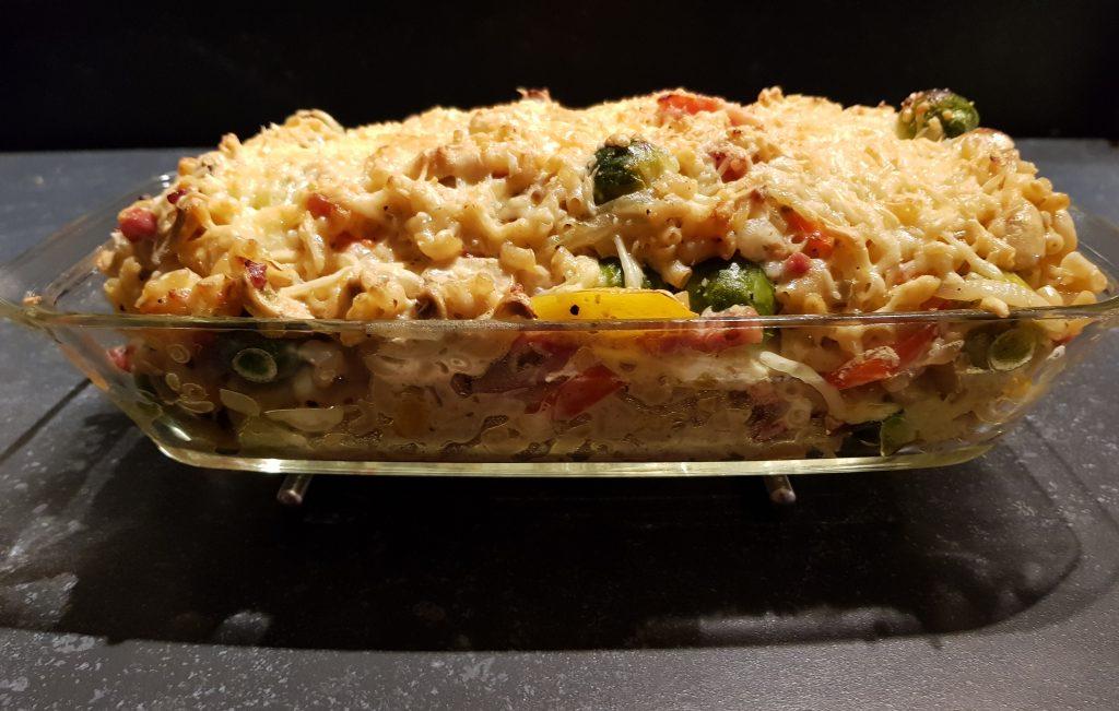 ovenschotel met spruitjes, boursin cousine, macaroni, kaas, champignons, paprika, ui RECEPT