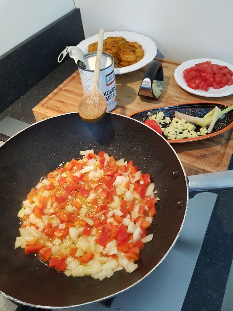 Recept kip kerrie met sperziebonen en kokosmelk