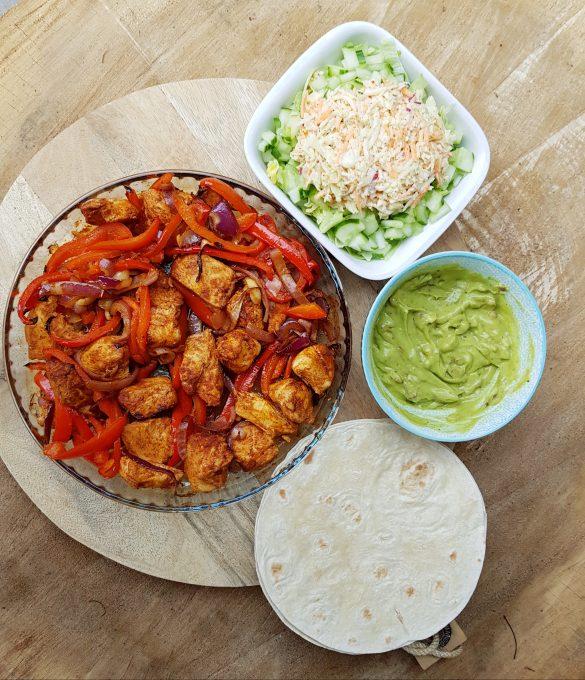 Recept fajitas met kip, paprika en rode ui zonder pakjes en zakjes